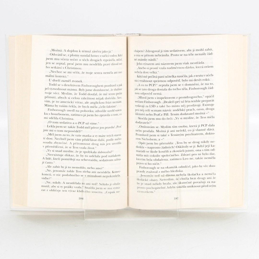 Kniha Sestra od Rosamundy Luptonové