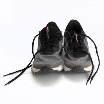 Dámské běžecké boty Nike BQ3207