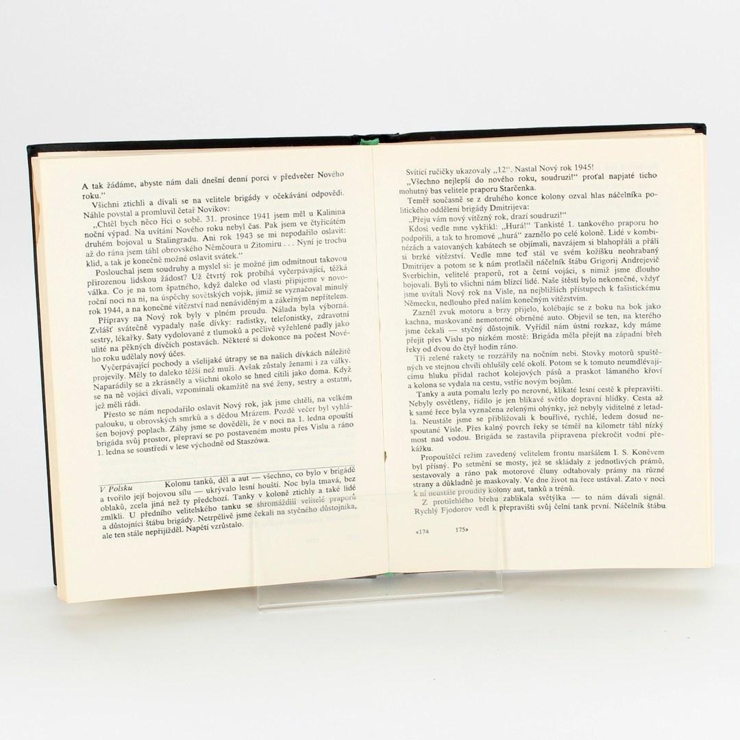Knihy Léta pod pancířem