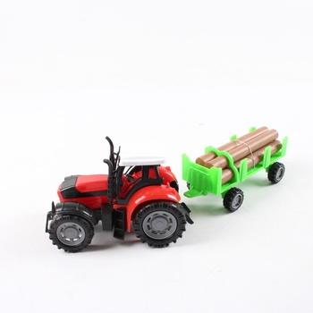 Traktor s přívěsem na dřevo GearBox