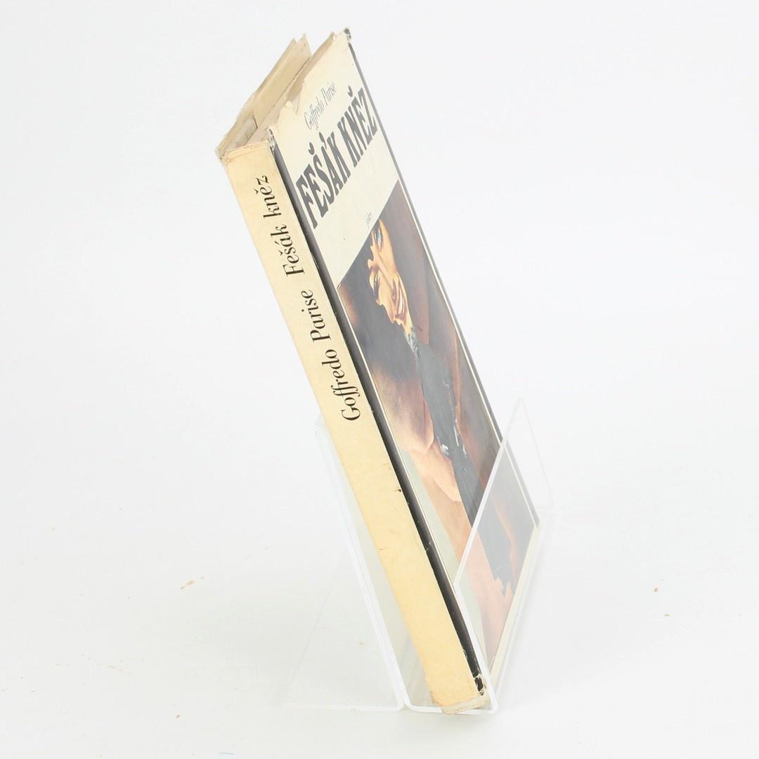 Kniha SVOBODA Fešák kněz