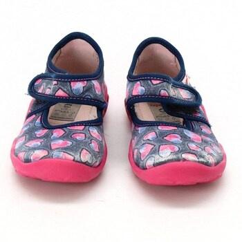 Dívčí obuv Superfit se srdíčky