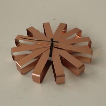 Nástěnné hodiny Umbra 118070-880 Ribbon