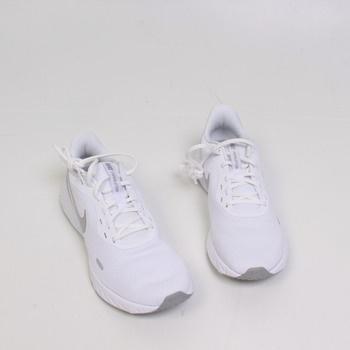Dámské běžecké boty Nike Revolution 5