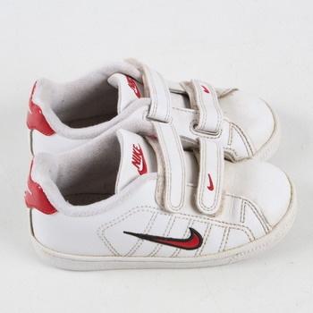 Dětské tenisky Nike bílé s červenými prvky