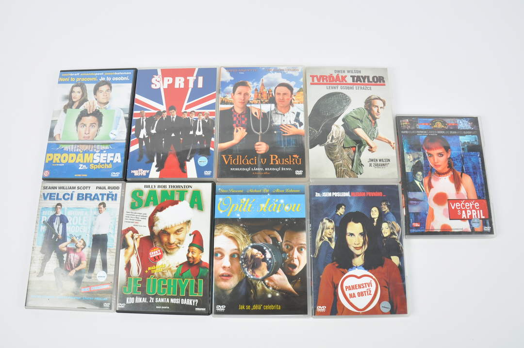9 DVD (Santa je úchyl, Prodám šéfa)