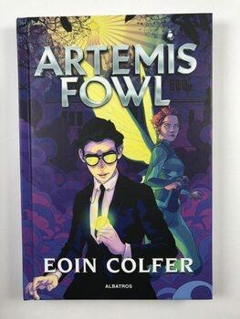 Artemis Fowl Pevná (2020)