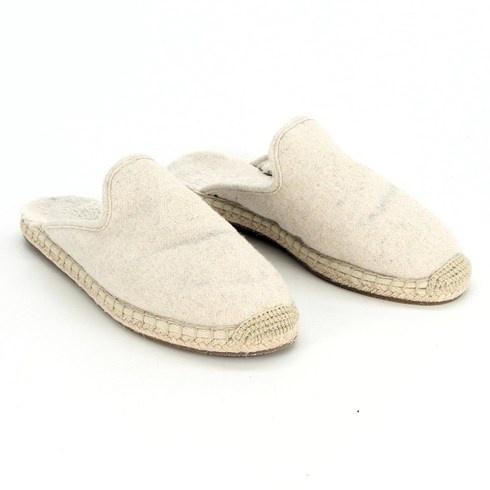 Pantofle bílé s plnou špičkou velikost 38