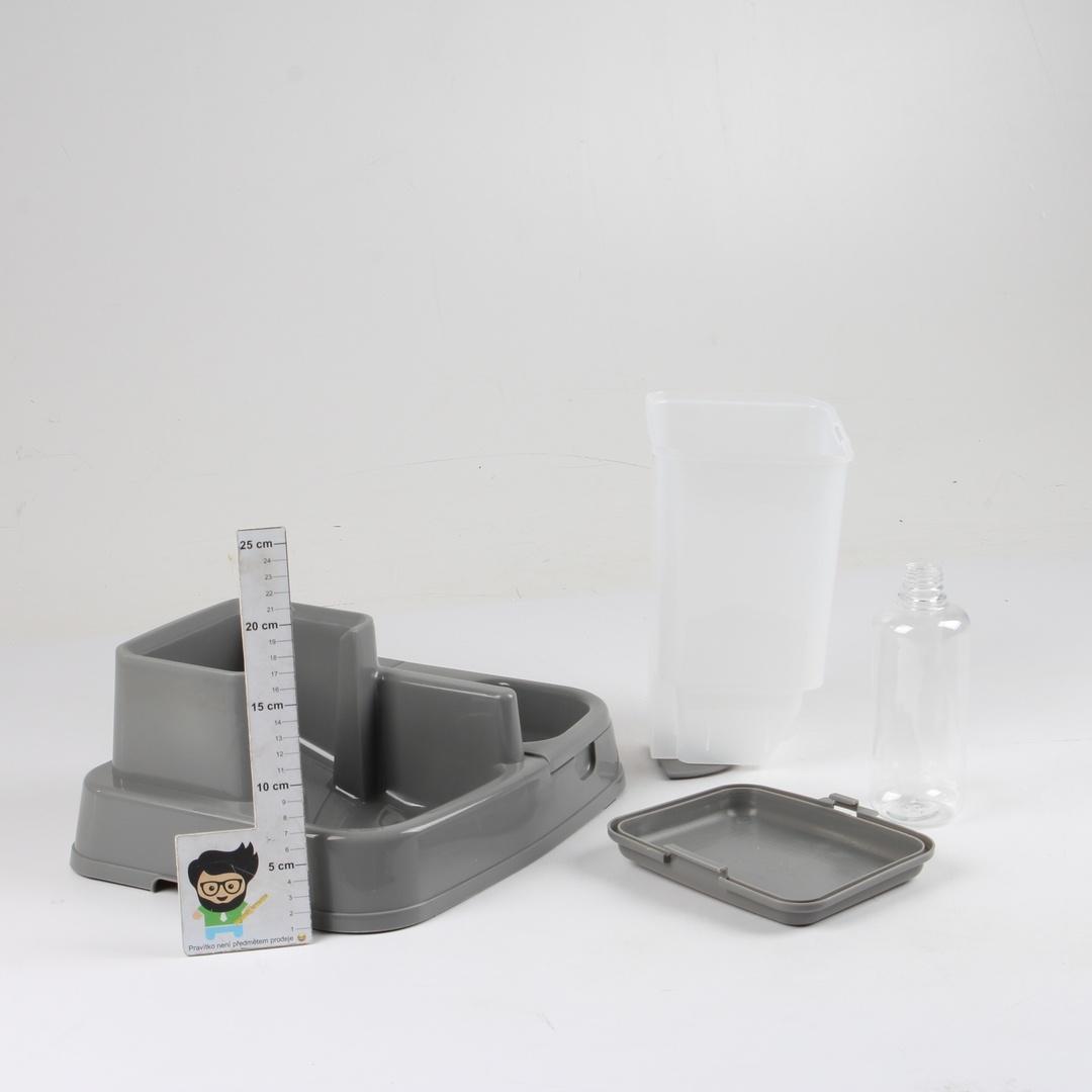 Dávkovač jídla a pití šedý