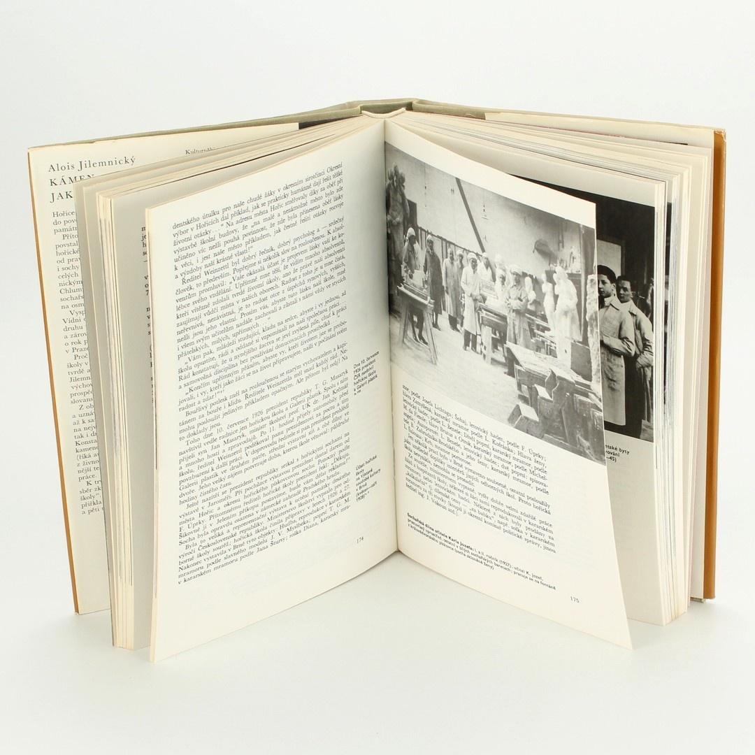 Kniha Kámen jako událost