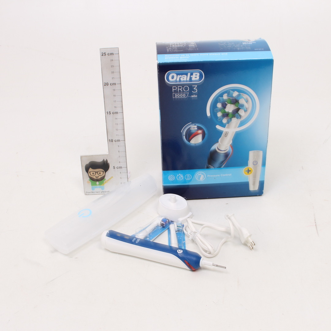 Elektrický zubní kartáček Oral-B modrý