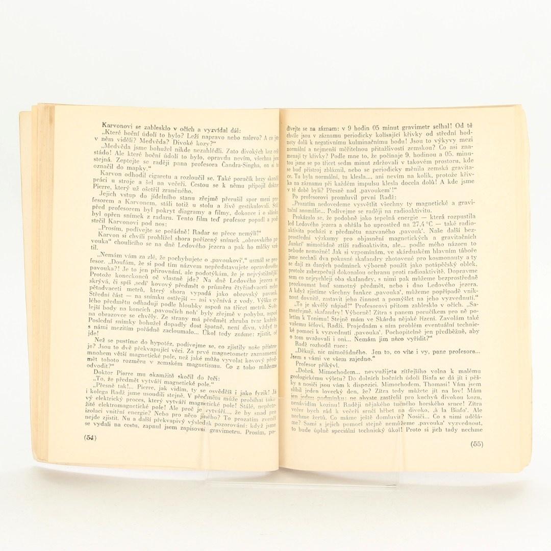 Kniha Tajemství na Střeše světa
