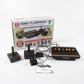 Historická herní konzole Atari Flashback 7