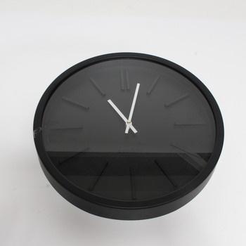Nástěnné hodiny QUARTZ černé barvy