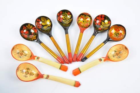 Dřevěné malované dekorativní lžíce