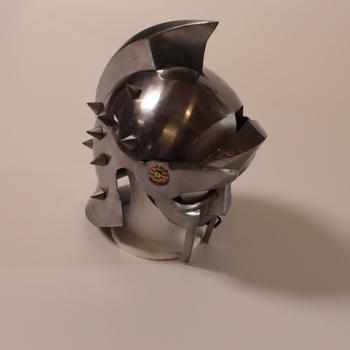 Helma gladiátora Maximus UK33