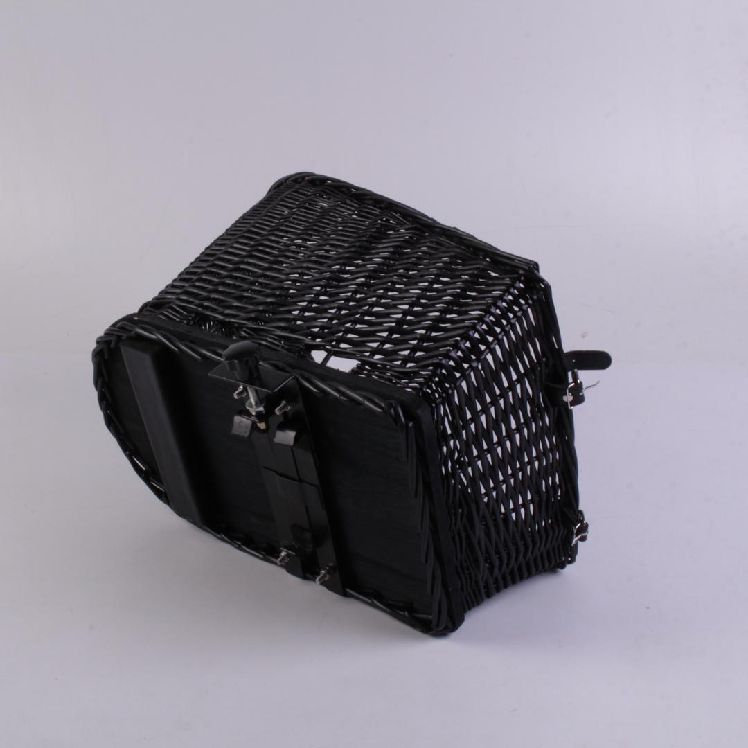 Košík na kolo proutěný černý