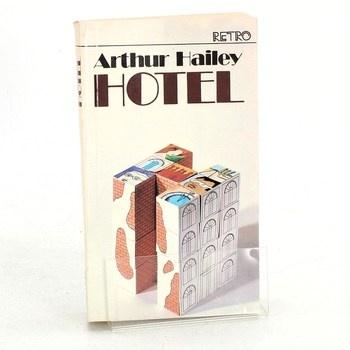 Arthur Hailey: Hotel