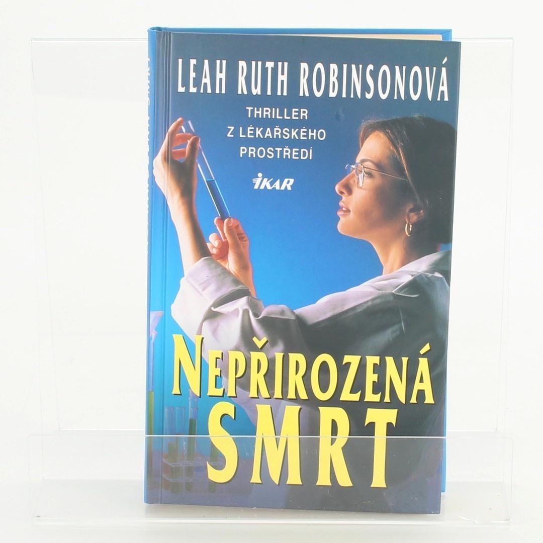 Kniha Nepřirozená smrt Leah Ruth Robinsonová