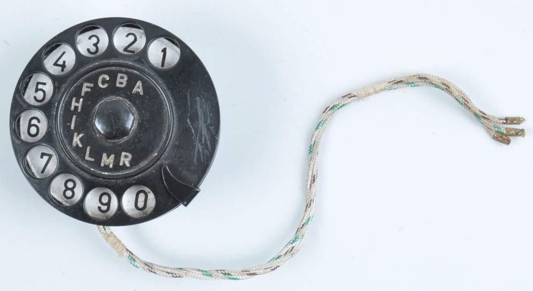 Vytáčecí telefonní ciferník