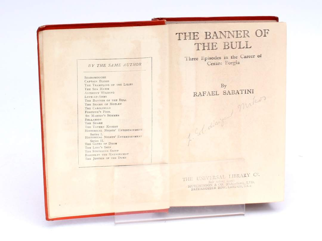 Detektivka The Banner of the Bull Rafael Sabatini