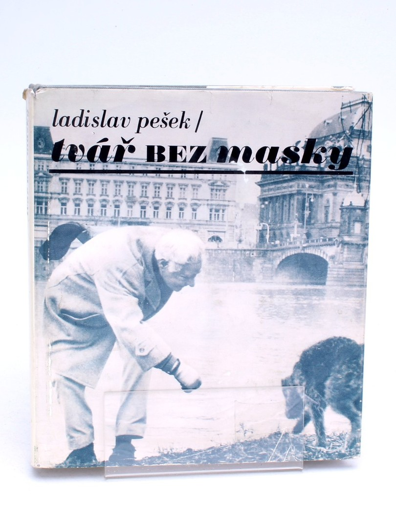 Kniha Tvář bez masky Ladislav Pešek