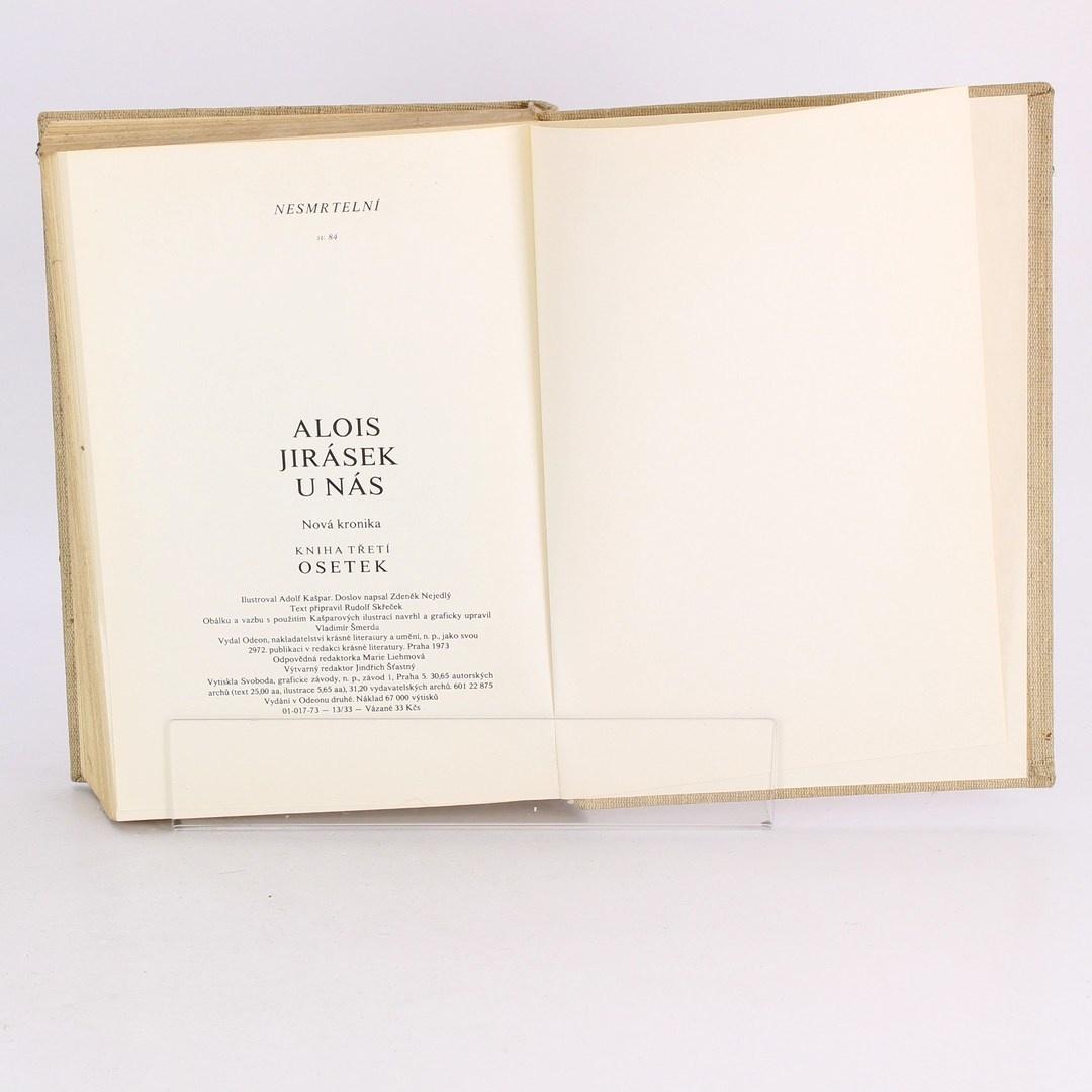 Kniha U Nás