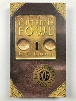 Artemis Fowl Pevná (2001)