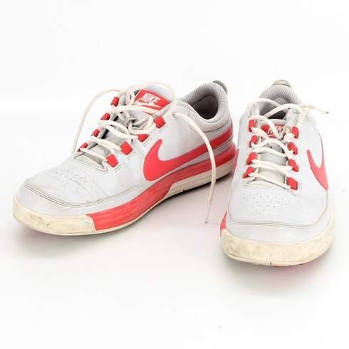 Dámské tenisky Nike bílo-červená barva - bazar  57b3fd2c7f