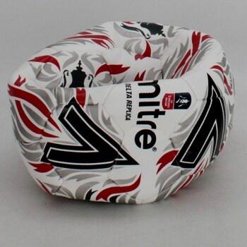 Fotbalový míč Mitre 5-A0017WD6