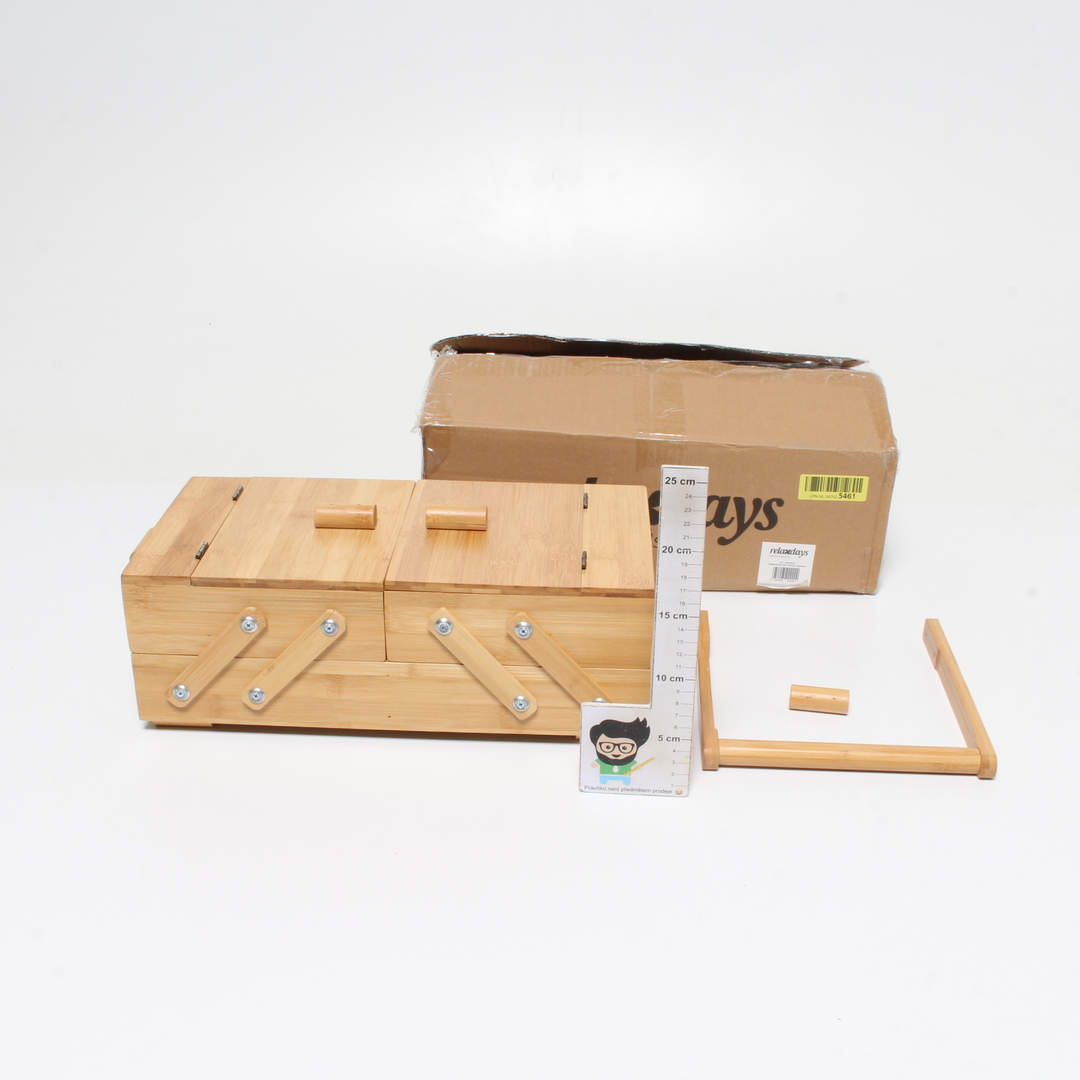 Dřevěný box s uchem na drobnosti