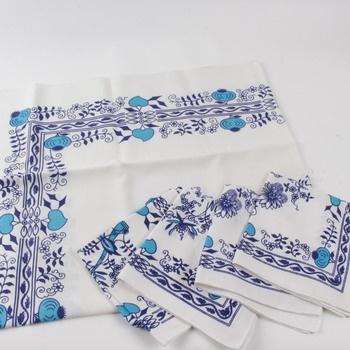 1571a01b3d5 Ubrus a prostírání bílo modré barvy