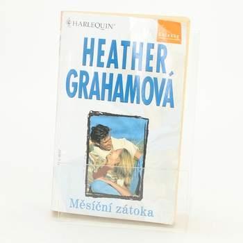 Kniha Měsíční zátoka Heather Grahamová