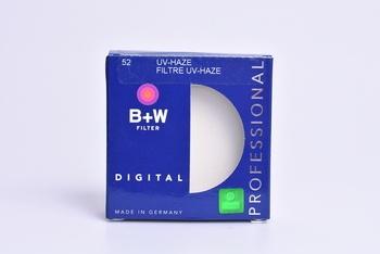 UV filtr na objektiv B+W 52 mm