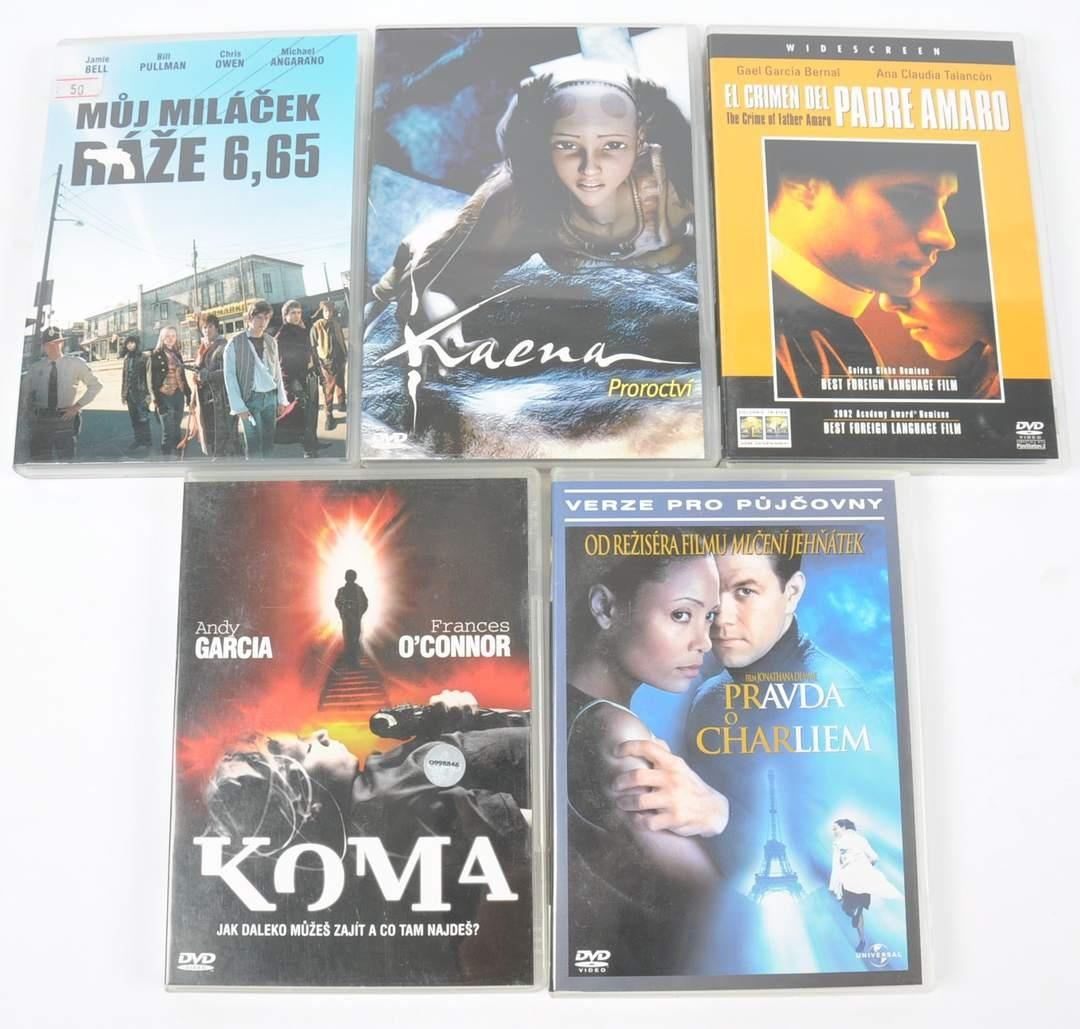 5 filmů na DVD (Padre Amaro, Kaena proroctví)