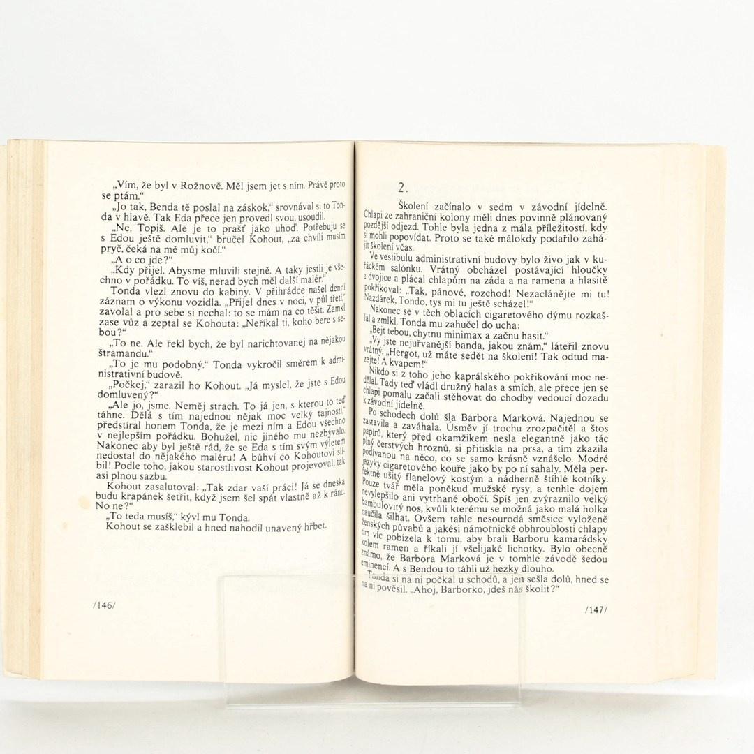 Kniha Rivalové z benzínové aleje