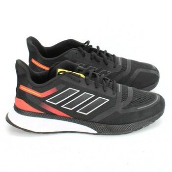 Běžecká obuv Adidas EE9257 vel.47