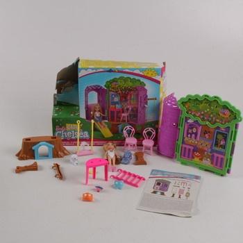Panenka Barbie a domeček na stromě