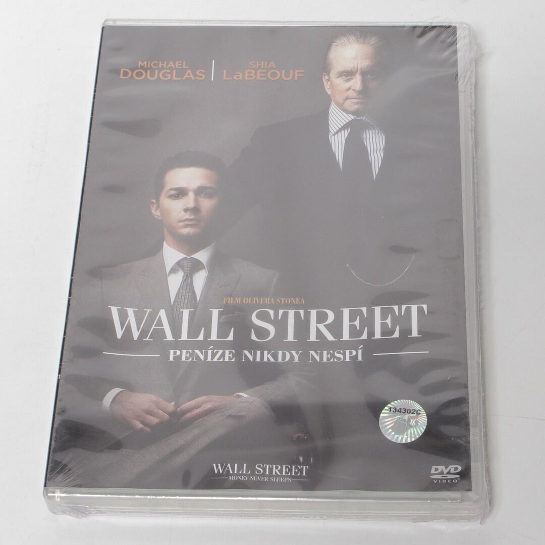 DVD film Wall Street: Peníze nikdy nespí
