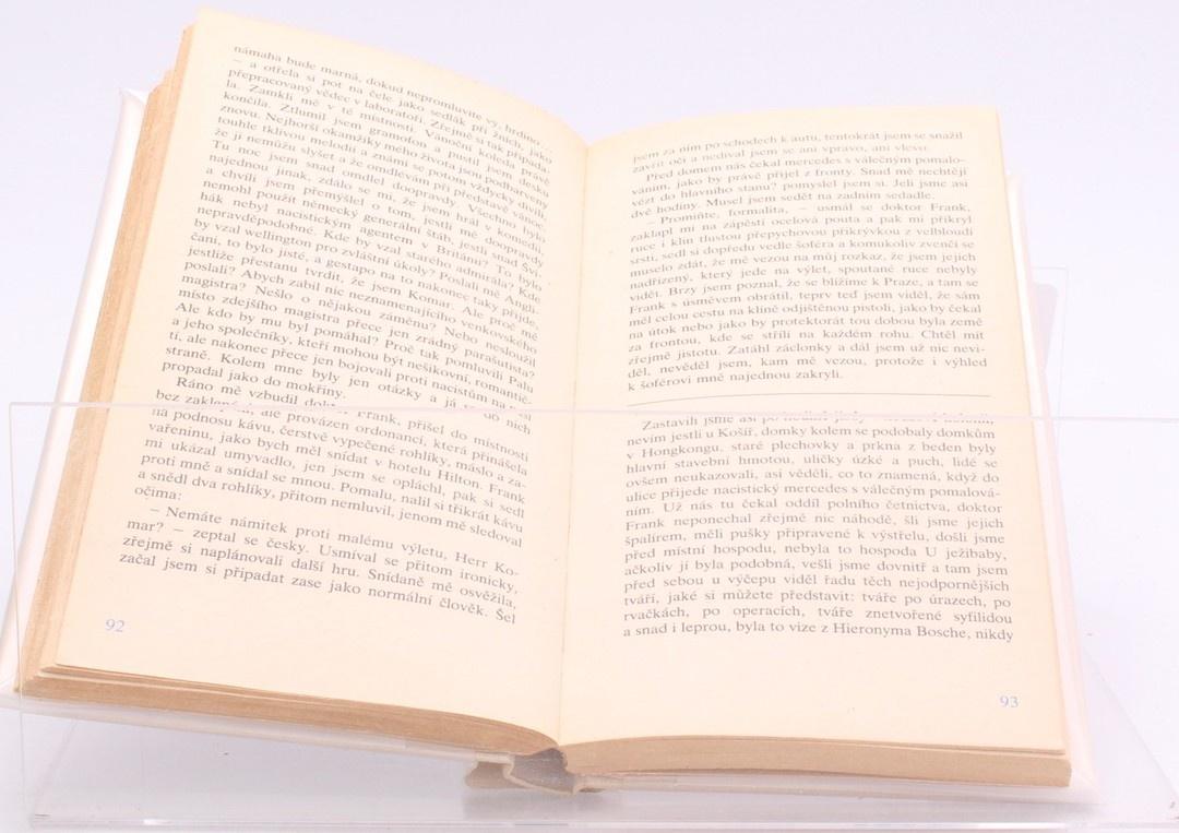 Kniha J. Nesvadba: Jak předstírat smrt