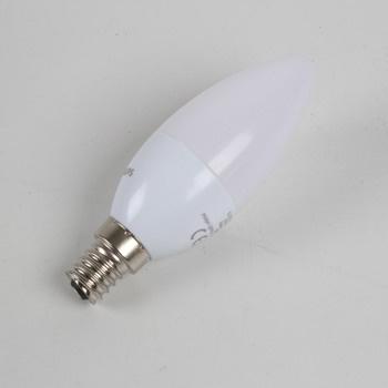 LED žárovka Philips E14 5,5 W