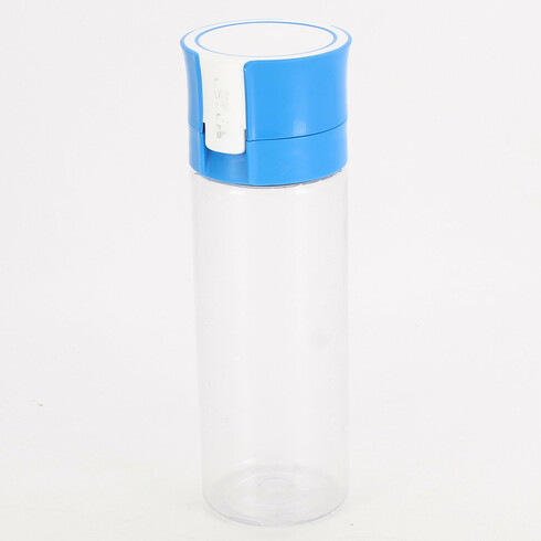 Láhev na pití modré barvy