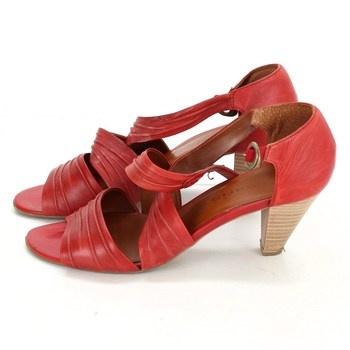 Dámské sandále Tamaris červené
