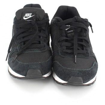 Dámské běžecké boty Nike 749869 černé 38,5