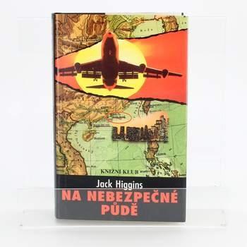 Kniha Na nebezpečné půdě Jack Higgins