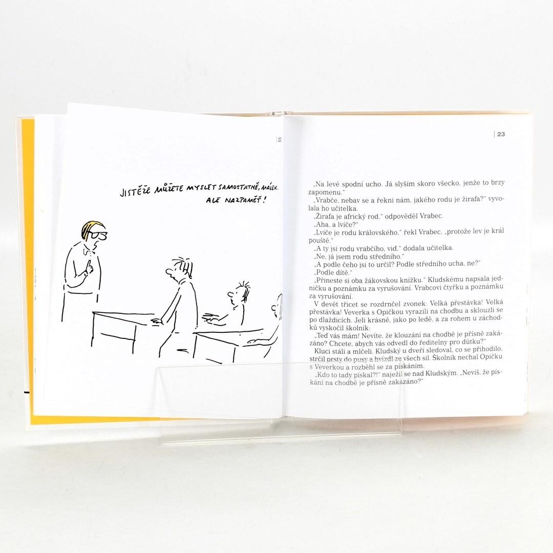 Kniha Školník Kulda je jednička Jiří Kahoun