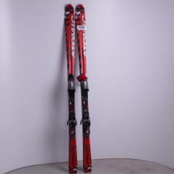 Sjezdové lyže Atomic červené