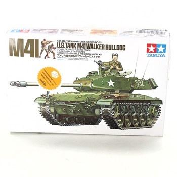 Model tanku Tamiya M41 plast