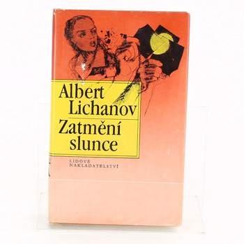 Kniha Zatmění slunce Albert Lichanov