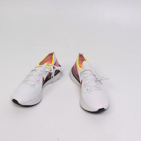 Dámské tenisky Nike Flyknit
